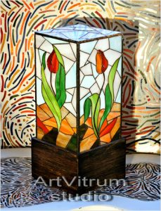 dancing tulips stained glass l