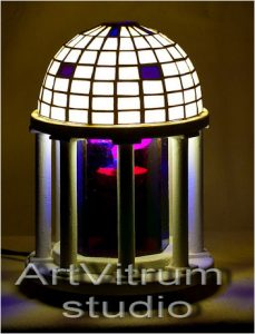 rotunda tiffany lamp+